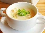 Рецепта Гъбена крем супа от печурки с пилешко месо от гърди, картофи, целина и праз лук